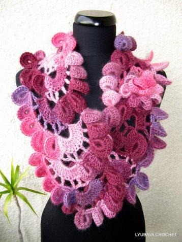 Lyubava crochet scarf pattern