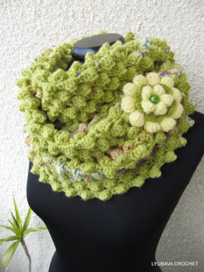 Spring is coming crochet scarf pattern