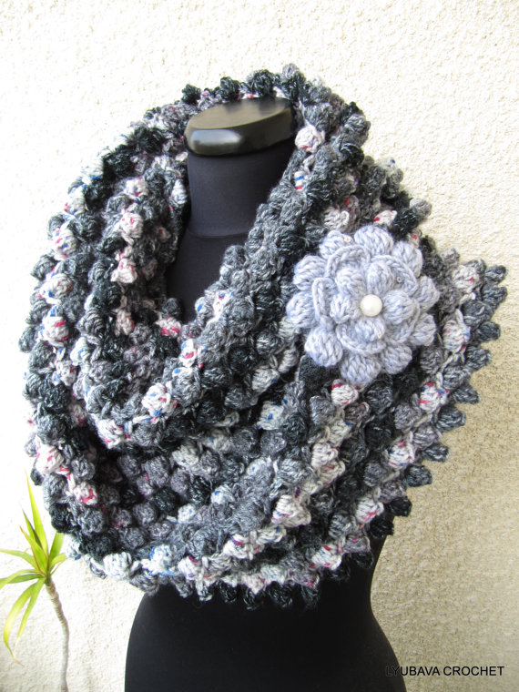 Infinity Gray Scarf With Flower