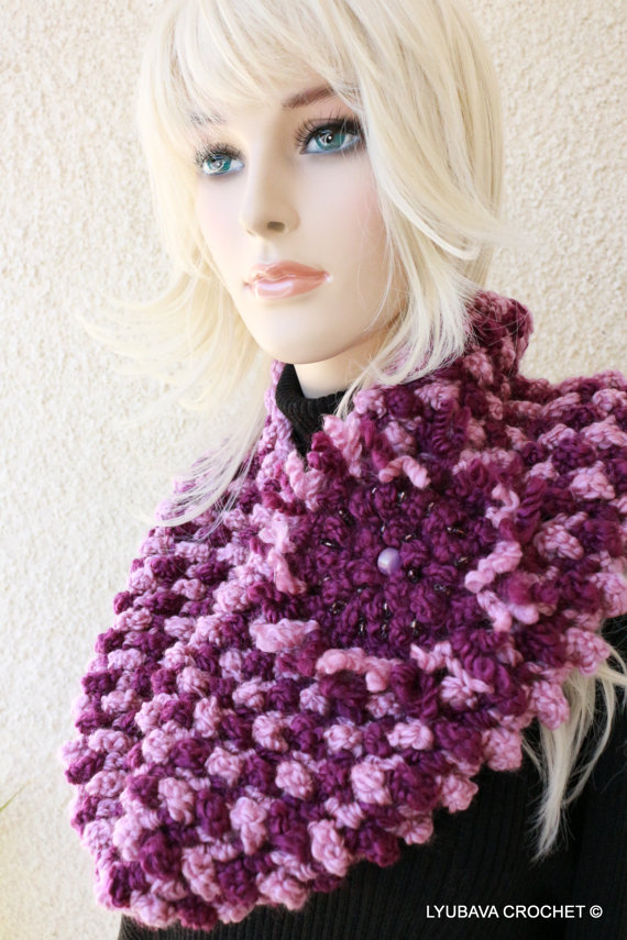 Chunky Crochet Cowl Scarf With Flower