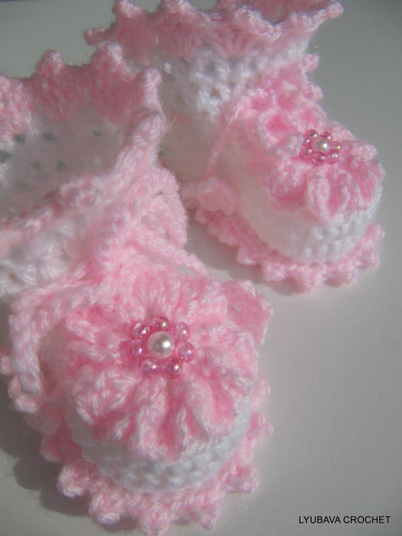 """New Baby Girl"" Booties"