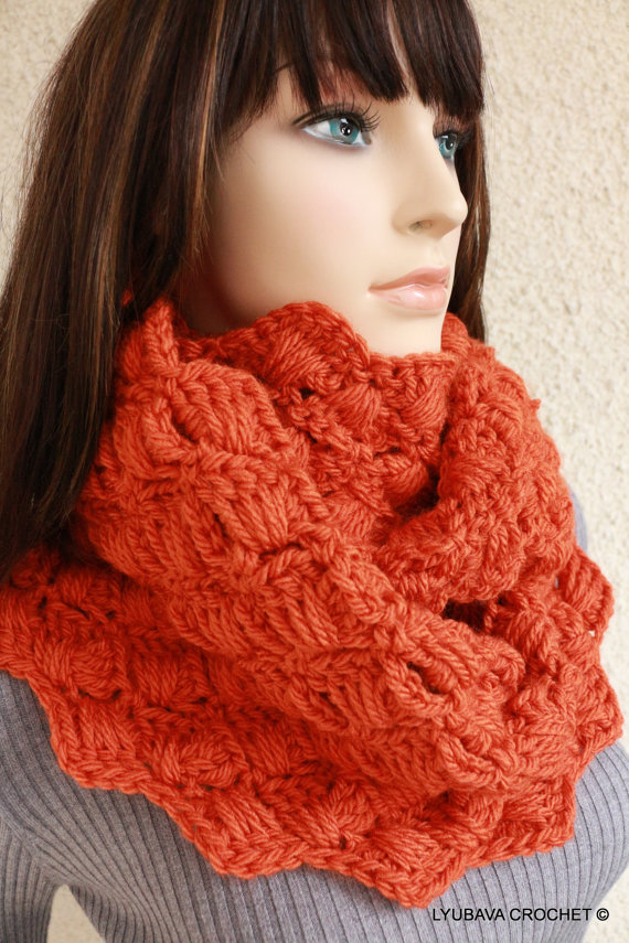 Chunky Infinity Cowl Scarf Pattern